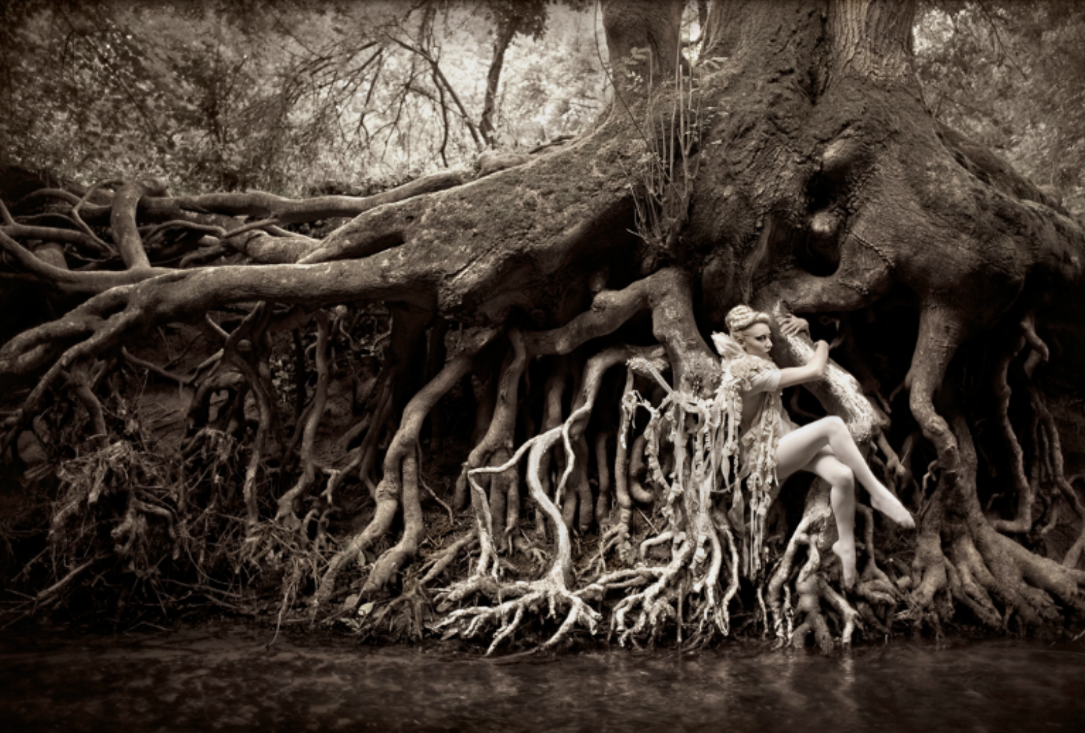 Kirsty Mitchell Nude Photos 15