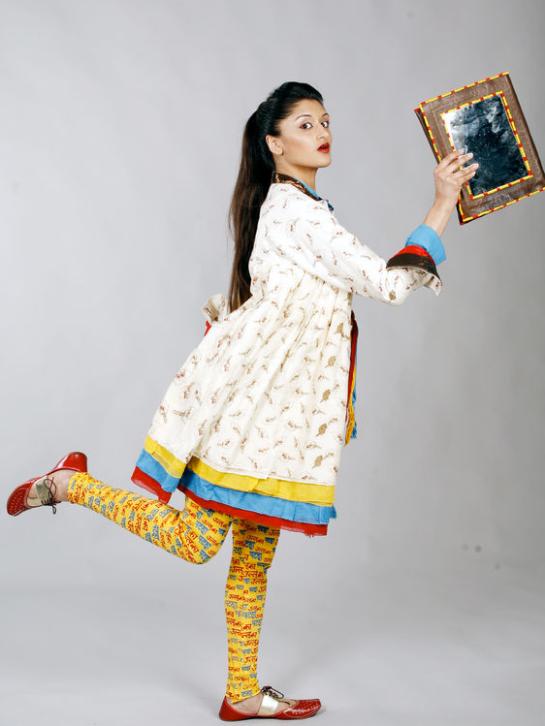 Sandhya Garg Kathputli Look 1